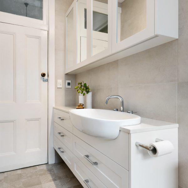 Bathroom custom joinery design