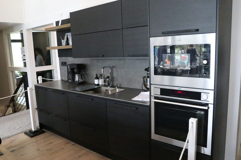 black-on-grey-kitchen