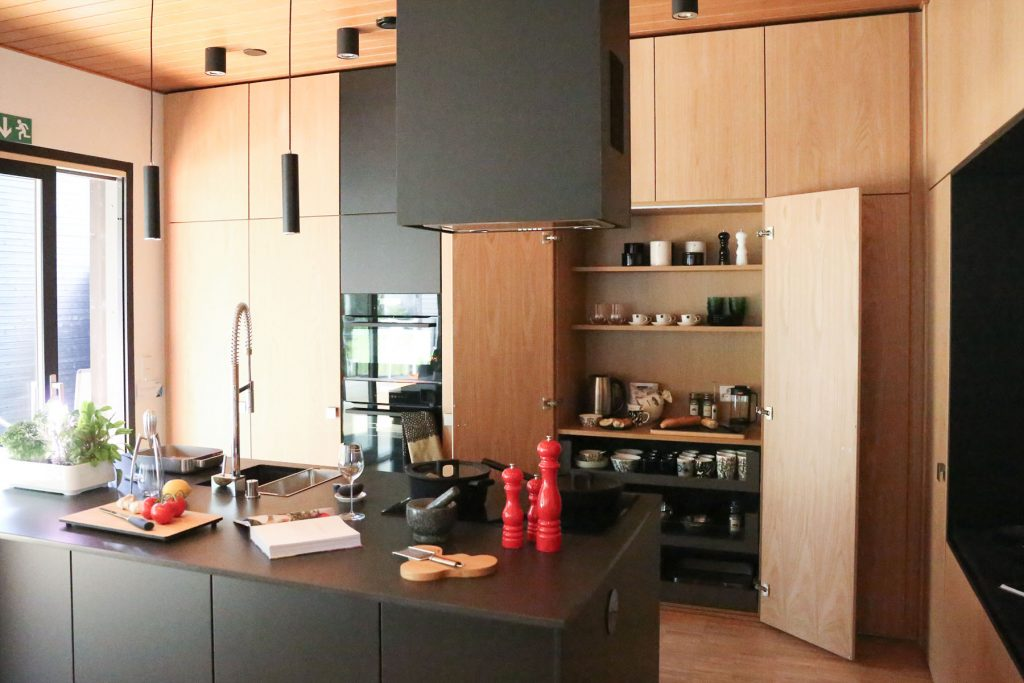 black-wood-kitchen-appliance-nook